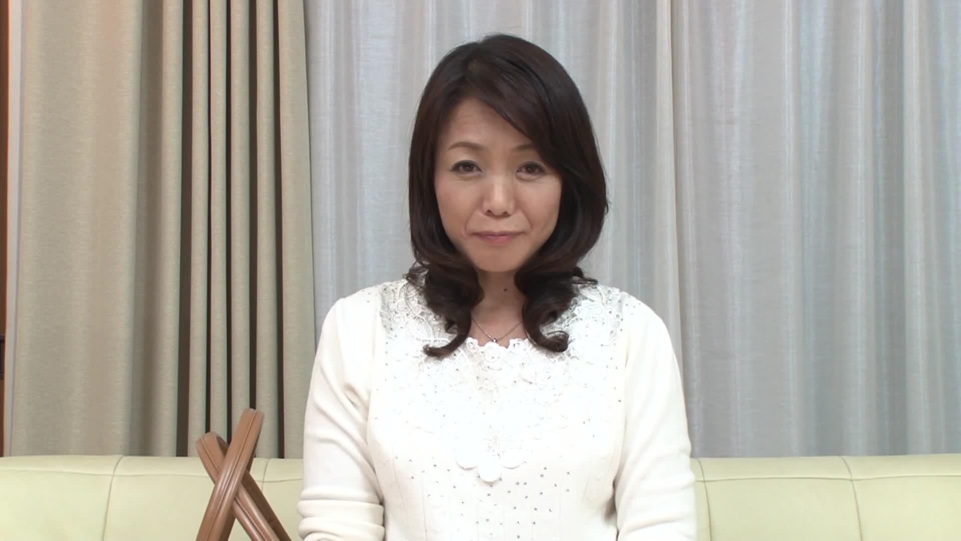 【無料エロ動画】《原田陽子 52年》黒ヘアのS級素人の50代の若奥様...